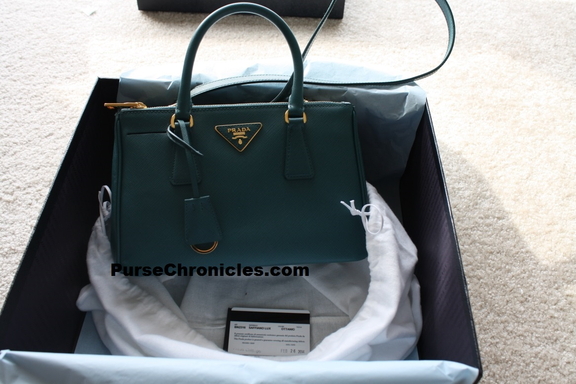 prada vela tote reviews